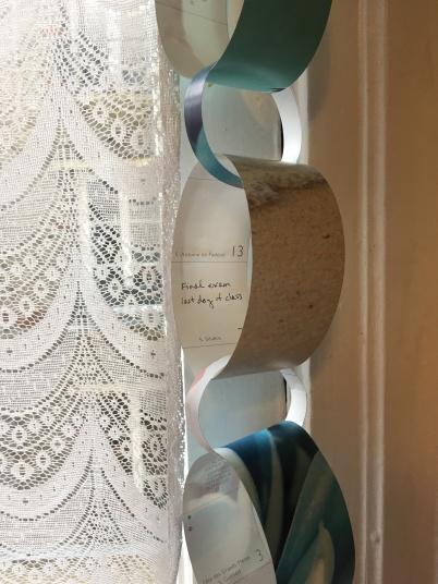 paper chain garland 12